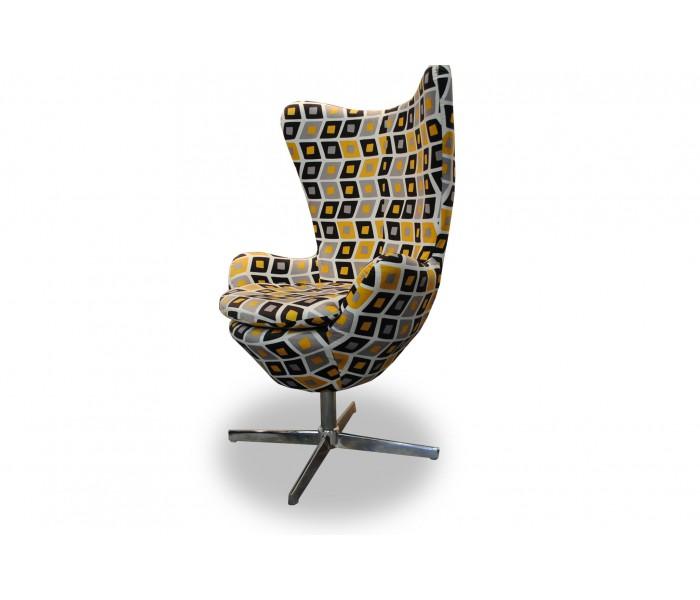 Wypoczynkowy fotel obrotowy EGG