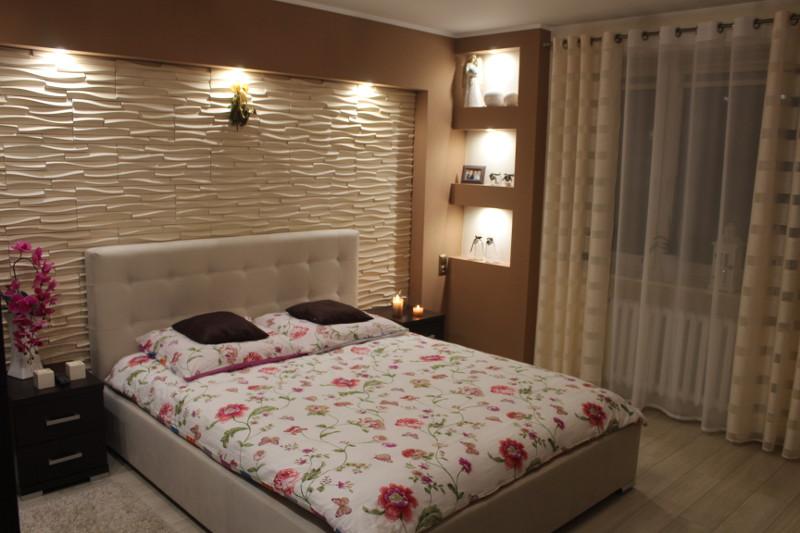 Aranżacja sypialni z łóżkiem tapicerowanym MebleHot